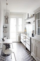 31 Stylish And Functional Super Narrow Kitchen Design ...