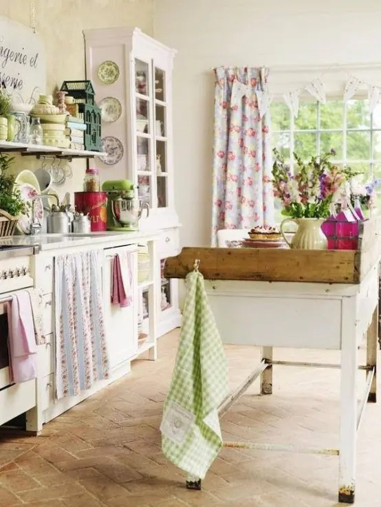 38 Super Cozy And Charming Cottage Kitchens