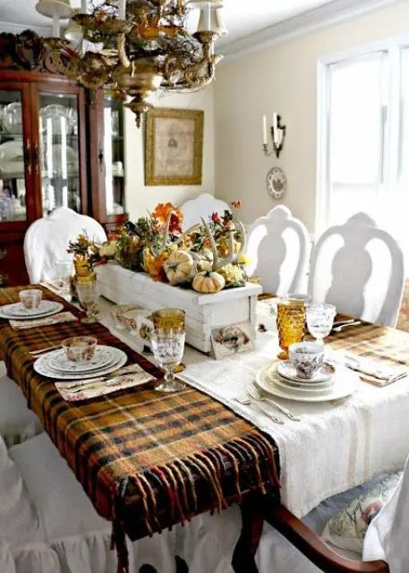 32 Warm And Cozy Plaid Dcor Ideas For Thanksgiving DigsDigs