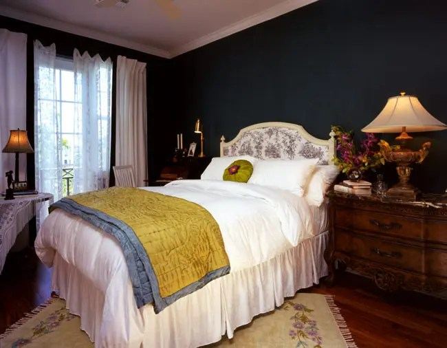 Warm Bedrooms Design in OldSchool Style by Maura Taft