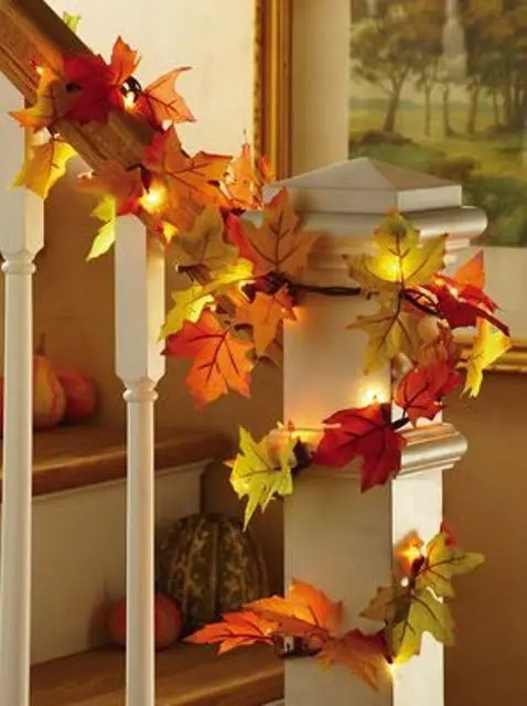 30 Cool Ways To Use Autumn Leaves For Fall Home Dcor