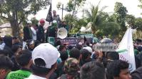 Gelar Aksi Bela Muslim India, Ratusan Massa Ormas Islam Geruduk Kantor Konjen India