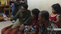 Kabaharkam Polri Videocall dengan Penderita Kanker di Deli Serdang