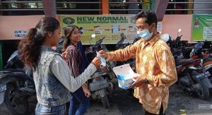 IDI Wilayah Sumut Bagikan 2.500 Masker di Pasar Sukaramai