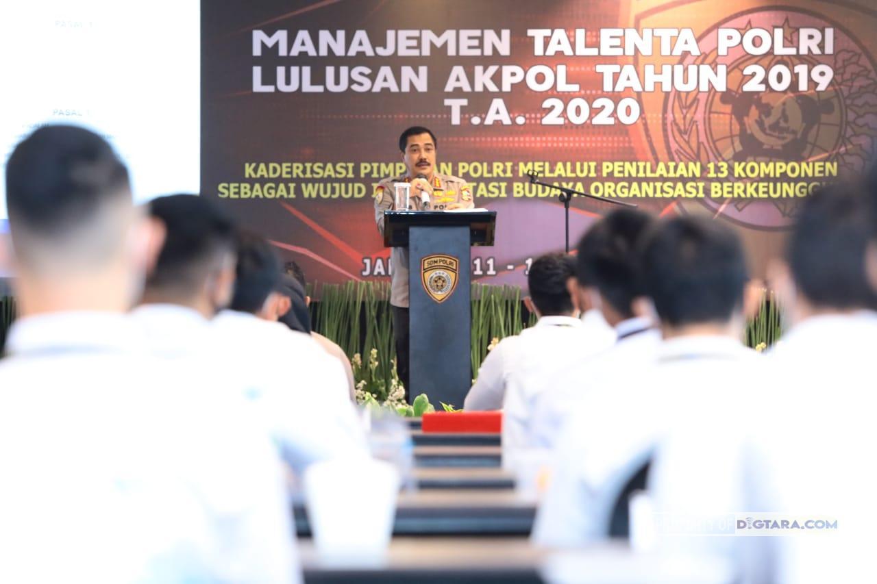 Diikuti Lulusan Akpol 2019, Kabaharkam Polri Jadi Narasumber Manajemen Talenta Polri