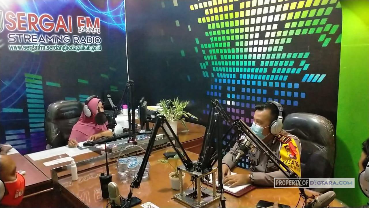 Satlantas Polres Sergai Sampaikan Budaya Tertib Lalulintas dan Pencegahan Covid-19