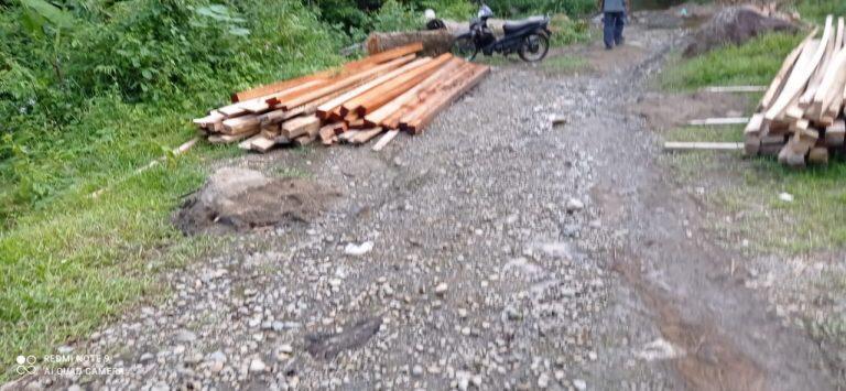 Dampak Penebangan Hutan secara Liar, Bangunan Sejarah di Desa Buluh Awar Terancam Hancur