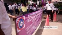 Belum Dibayar Selama 3 Bulan, Pekerja Hotel Danau Toba Gelar Unjuk Rasa