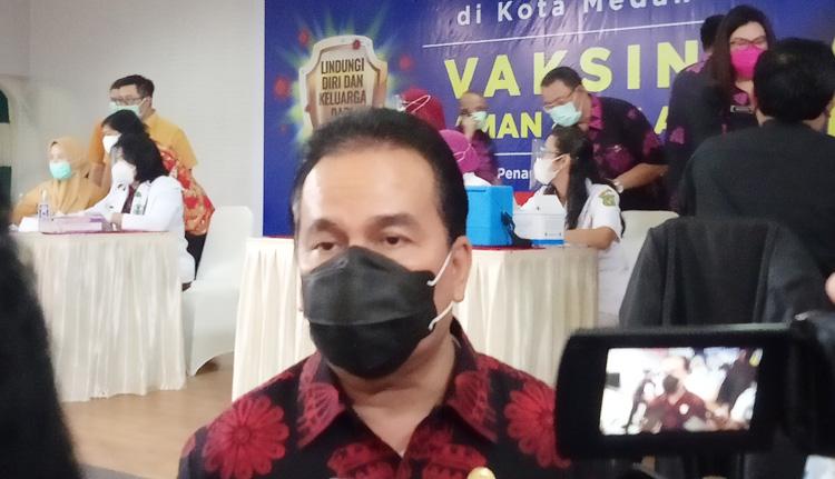 18 Pejabat Divaksin Perdana, Dinkes Medan Sebut Minggu Depan Giliran Nakes