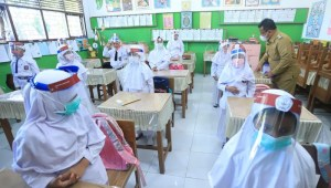 Besok, 85 Sekolah di Jakarta Ikut Uji Coba Pembelajaran Tatap Muka