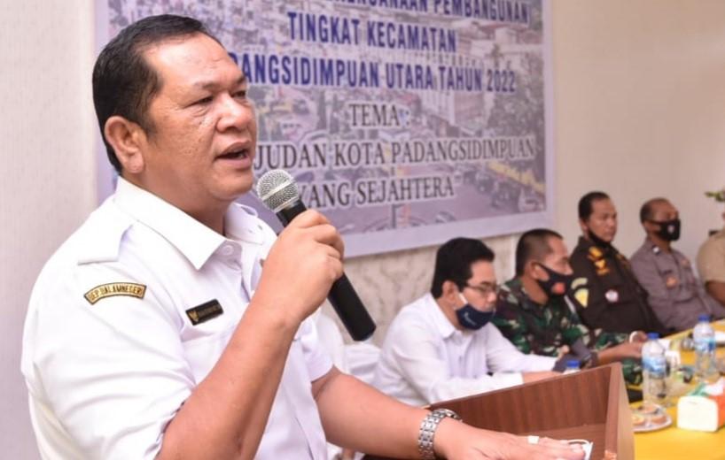Wali Kota Padangsidimpuanirsan efendi