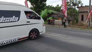 Coba Terobos Barisan Penyekatan Polres Langkat, Bus Travel Asal Medan dan Bus Asal Aceh Dipaksa Putar Balik