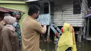 Wali Kota Bobby Nasution meninjau Kampung Nelayan