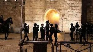 Israel Geruduk Al Aqsa, Lebih 200-an Muslim Palestina Terluka