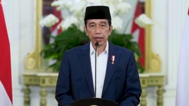 Jokowi Akan Bagikan Obat Gratis Bagi Pasien Isoman dengan Syarat