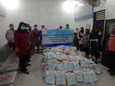 Bantu Masyarakat Terdampak Covid-19, FIFGROUP Lubukpakam Salurkan Bantuan Sembako