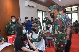 Pangdam I/BB Apresiasi Serbuan Vaksinasi di Sekolah di Medan