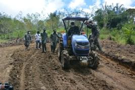 TMMD Ke-112 Kodim 0206/Dairi: Akselerasikan Perbaikan Ekonomi Warga Pelosok Desa