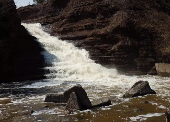 Oak Orchard Falls, Orleans County, New York 4-12-2014