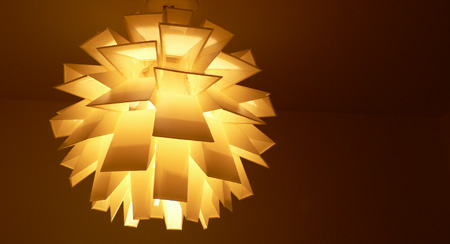 Normann Copenhagen lampe norm69 montage par diisign