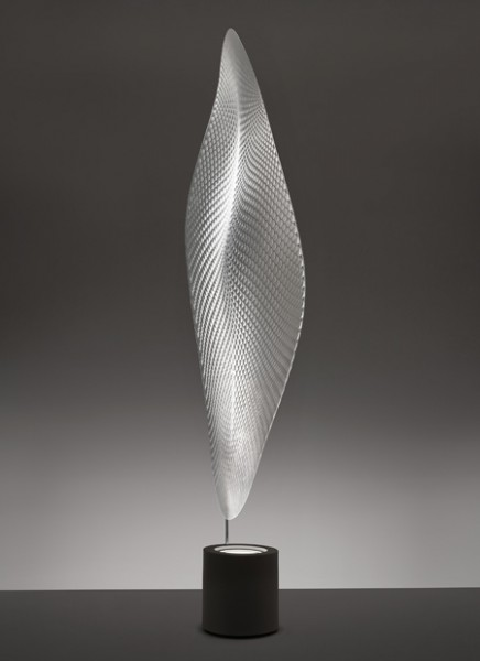ross-lovegrove-for-artemide_cosmic-leaf