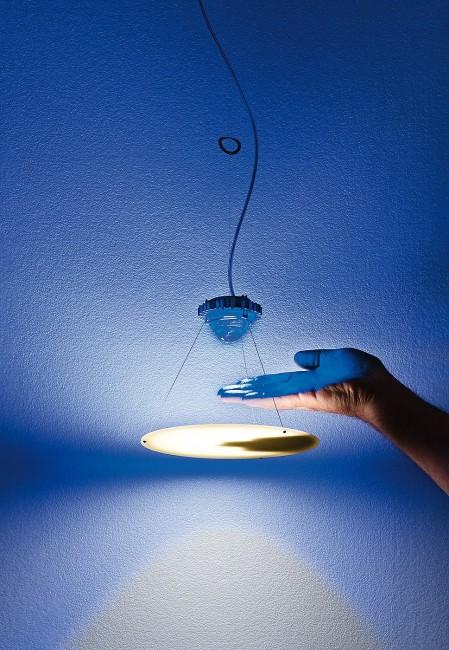 luminophor_hand_web