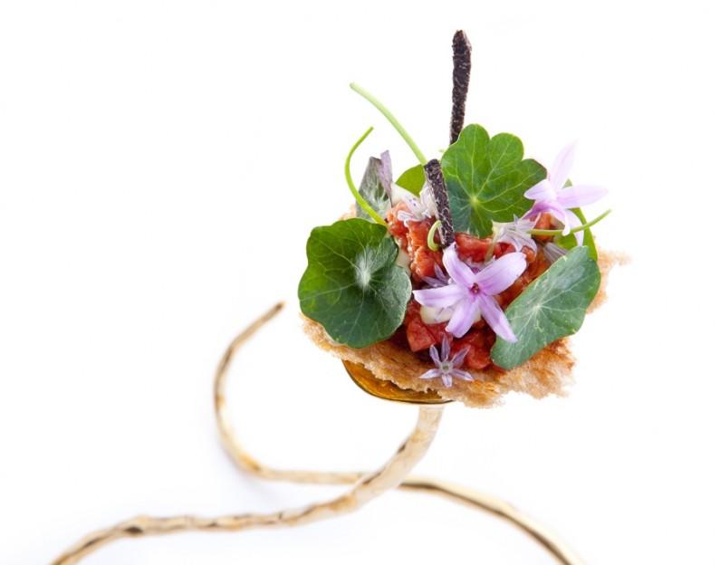 WHISK_2014_Degustation Menu Voyage 4.1 - Germany - Beef Tartare, Nasturtium, Chives Blossom & Sour Dough