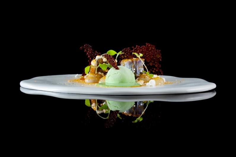 WHISK_2014_Degustation Menu Voyage 4.1 - INDIA - Curry, Honey Eggplant, Tonka Beans & Lime Leaves