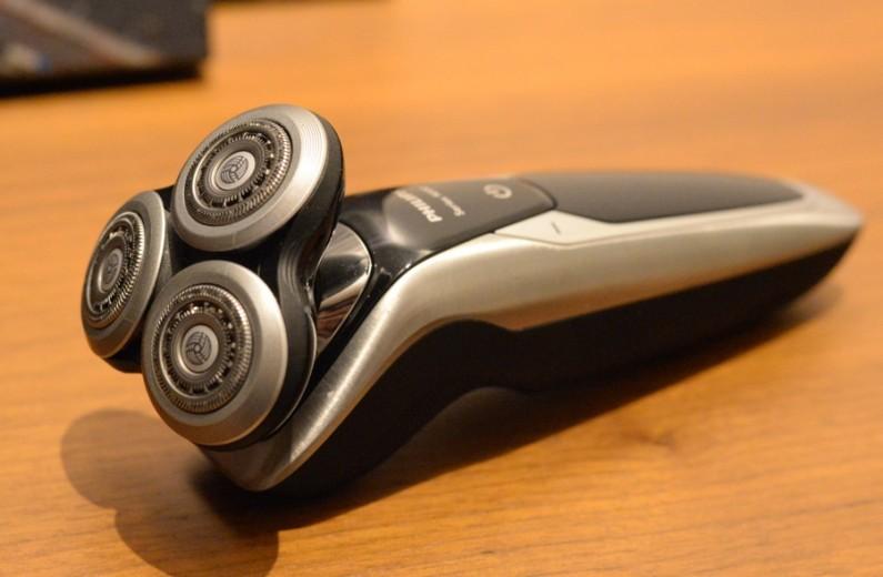 test Philips rasoir séries 9000
