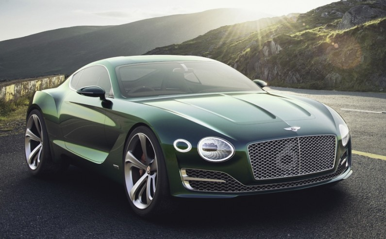 Bentley_EXP10_Speed6_3_4_av_exterieur_g