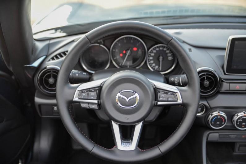 Mazda-MX5-2015-04