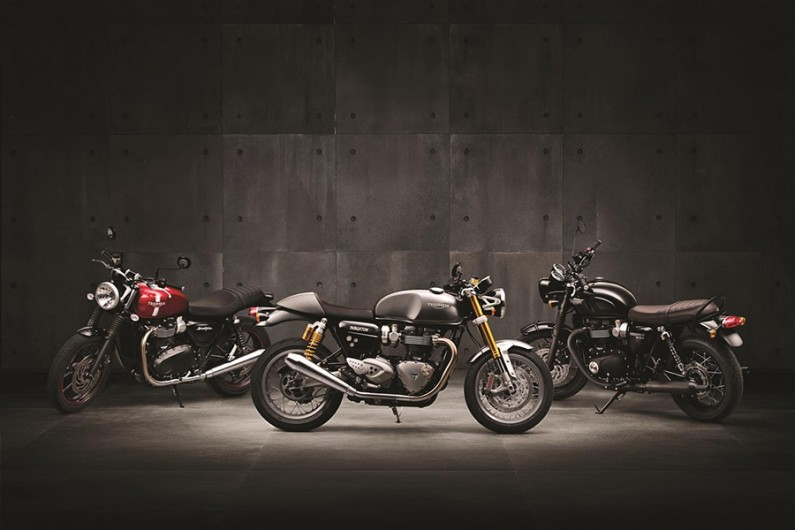 ThruxtonR_StreetTwin_T120Black_Hero (Grand)