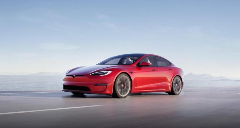 Model S 2021 : Tesla arrive encore à supprimer des choses dans une voiture