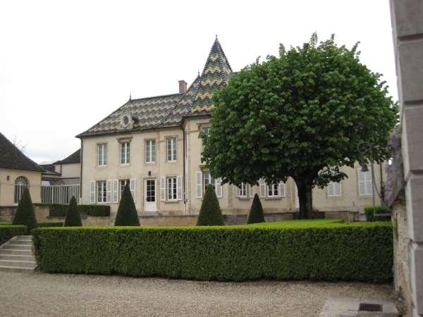 La maison Bouchard Père & Fils située à Beaune © Wikimedia Commons
