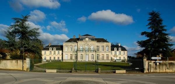 Château_d'Arcelot_-_2013