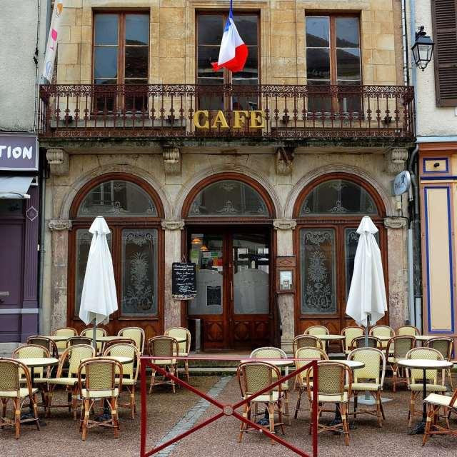cafe-parisien-saulieu