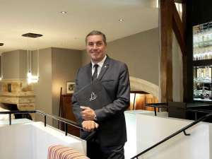 Dernier service pour Eric Rousseau, le directeur du Relais Bernard Loiseau