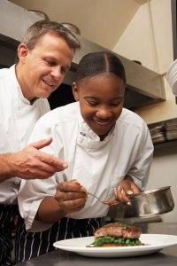 École des métiers : l'hôtellerie-restauration par l'apprentissage