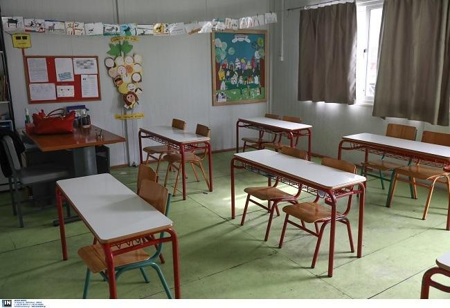 Τεστ κορονοϊου σε μαθητές και καθηγητές με το άνοιγμα των σχολείων
