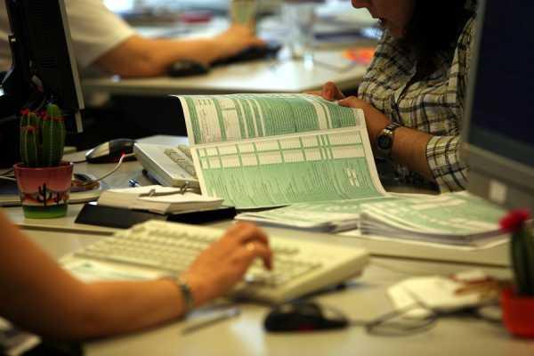 Τα 55 δικαιολογητικά «αποδείξεις» για τις φορολογικές δηλώσεις