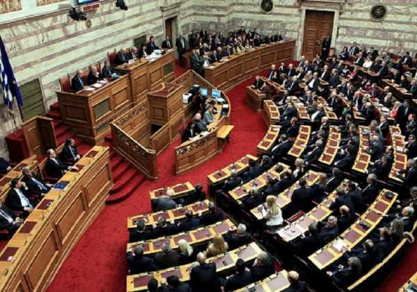 Και με ψήφους της αντιπολίτευσης εγκρίθηκε η τροπολογία για τις offshore