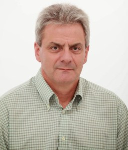Πουλοκέφαλος Γιώργος Πολιτικός Μηχανικός  Πρώην Πρόεδρος Περιφερειακού Συμβουλίου