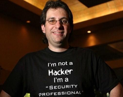 Kevin Mitnick: Ο πρώτος «διάσημος» χάκερ εξηγεί πώς ξεκίνησαν οι περιπέτειές του