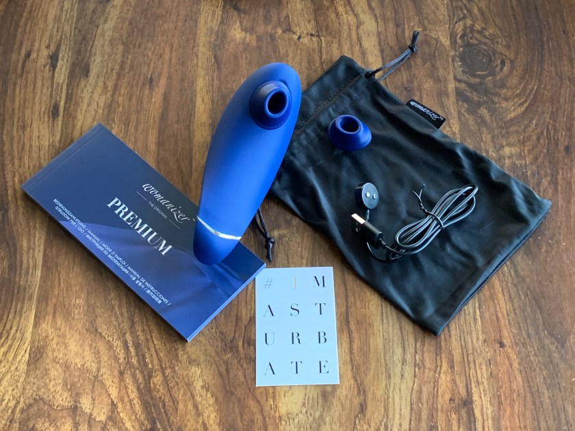 Unboxing of the Womanizer Premium and all accessories it comes with
