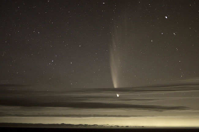 Comet McNaught with a 350D in IR