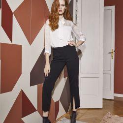Camicia Foulard Philippe Matignon Camicia morbida in tessuto crepe con manica 3/4 ed elastico semitrasparente, elegante e glamour