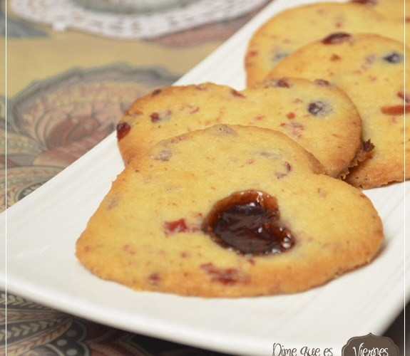 Berries shorbread cookies – Galletas melosas de frutos rojos.