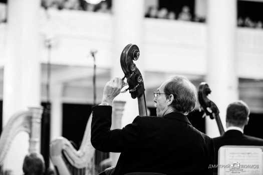 Музыкант оркестра Юрия Темирканова