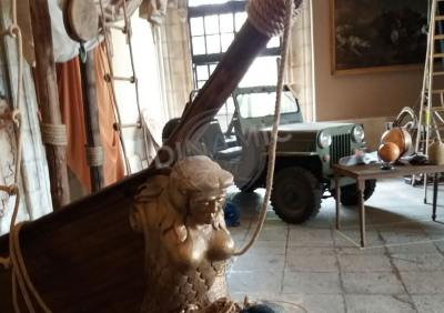 escultura porexpan anuncio