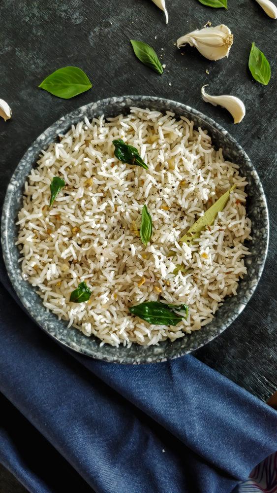Buttery Basil Burnt Garlic Rice